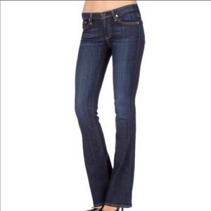 AG The Jessie Curvy Bootfit Jeans Size 27